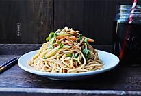 《中餐厅》秦海璐同款鸡丝凉面的做法