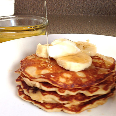 美式经典早餐——热松饼 buttermilk pancake