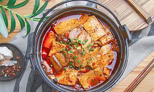老豆腐烧肉的做法