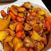 超香的鸡肉炖土豆胡萝卜