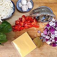 #快手又营养,我家的冬日必备菜品#咖喱鲜虾乌冬面的做法图解1