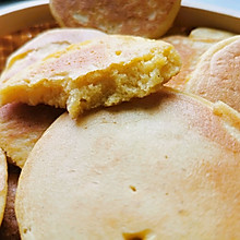 松软香甜玉米饼