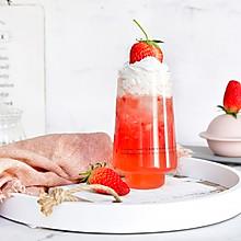 雪顶草莓椰子水