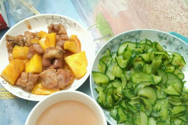 清炒黄瓜(孕妇菜谱)清淡又简单的做法