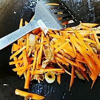 干香胡萝卜炒平菇的做法图解7