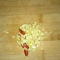 油煎豆腐丁的做法图解1