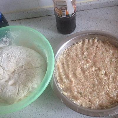 三鲜包子的做法 步骤2