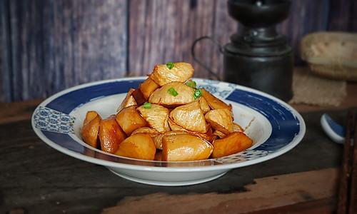 油焖茭白杏鲍菇的做法