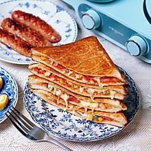 三明治披萨、奶茶、鸡蛋卷、煎香肠