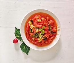 #就是红烧吃不腻!#薄荷叶番茄炒鸡蛋的做法