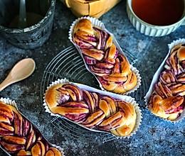 #餐桌上的春日限定#紫薯辫子面包的做法