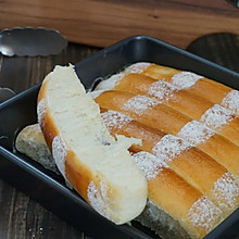 淡奶油果酱排包