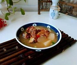 #好吃不上火#白萝卜牛骨浓汤的做法