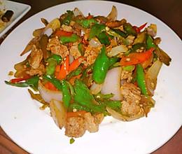 洋葱炒肉的做法