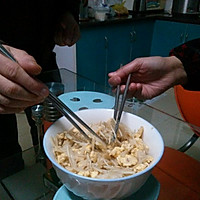 金针菇炒蛋的做法图解5
