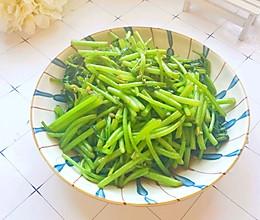 #快手又营养,我家的冬日必备菜品#蚝油炒茼蒿的做法