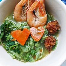 菠菜鲜虾手擀面条