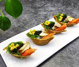 #爽口凉菜,开胃一夏!#鱼子酱小船寿司的做法