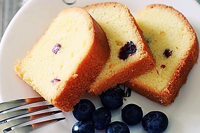 在门仓多仁亚基础配方上制作的蔓越莓磅蛋糕