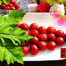 蒸着吃的水果汤圆——葡萄形的火龙果汤圆