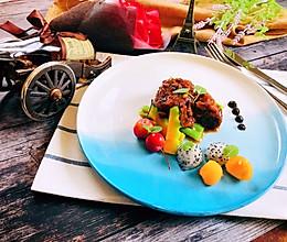 馥郁果香焖牛肉的做法