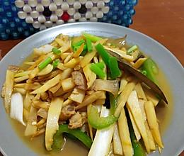 五花肉炒笋丝的做法