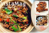 湖南腊鸡焖黄花菜的做法