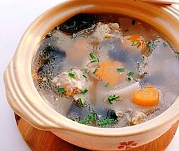 冬吃萝卜夏吃姜,暖胃排骨萝卜木耳汤#下饭红烧菜#的做法