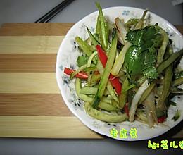 老虎菜(黄瓜 香菜 辣椒)的做法