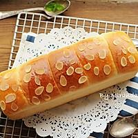 超软杏仁长条面包