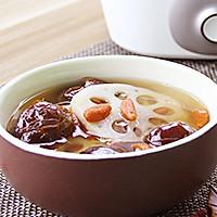 枸杞蜜枣莲藕汤的做法图解7
