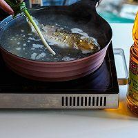 鲫鱼豆腐汤#金龙鱼营养强化维生素A纯香菜籽油#的做法图解5