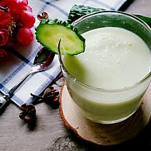 黄瓜苹果酸奶汁(喝出A4腰)