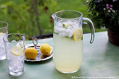 简单柠檬水