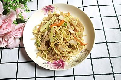 圆白菜炒面条