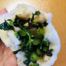 青菜香菇包子