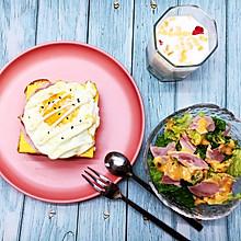 鸡蛋火腿开放三明治