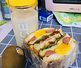 小熊早餐机食谱大全—三明治、奶茶的做法