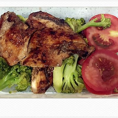 香煎鸡胸肉.减肥餐