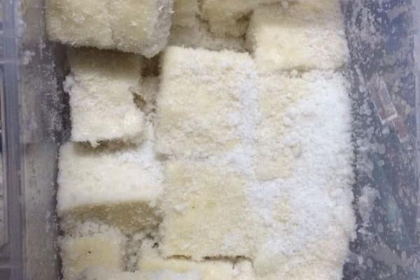 牛奶椰蓉小方及椰浆椰蓉小方的做法