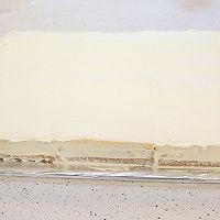 大号方形庆典蛋糕淡奶油抹面裱花的做法图解5