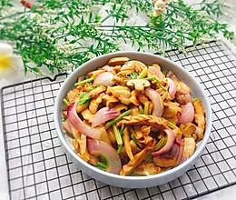 #精品菜谱挑战赛#地方菜+五花肉炒笋干的做法