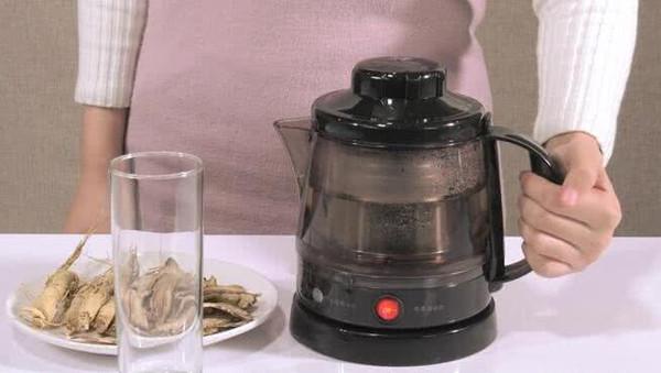 人参当归茶的做法
