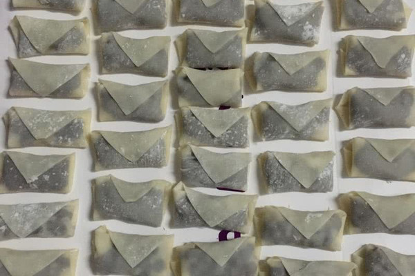 自制豆沙春卷的做法