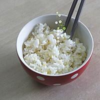 唯秘香肠蛋包饭#一机多能 一席饪选#的做法图解2