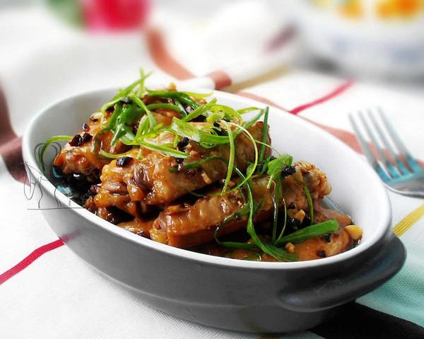 豆豉蒸鸡翅的做法