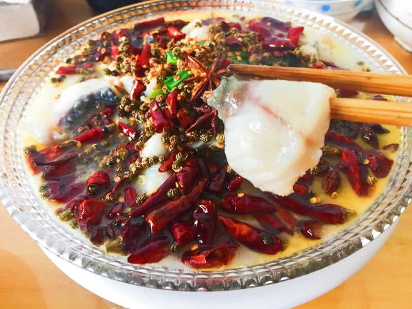 浓汤水煮鱼的做法