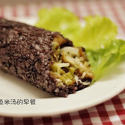 【什锦黑米糯米饭团】学生时代的美味营养早餐