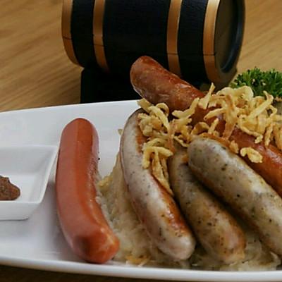 德式黑椒烤肠