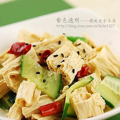 腐竹怎样吃才够劲儿:餐桌凉菜之抢手货的油泼黄瓜腐竹